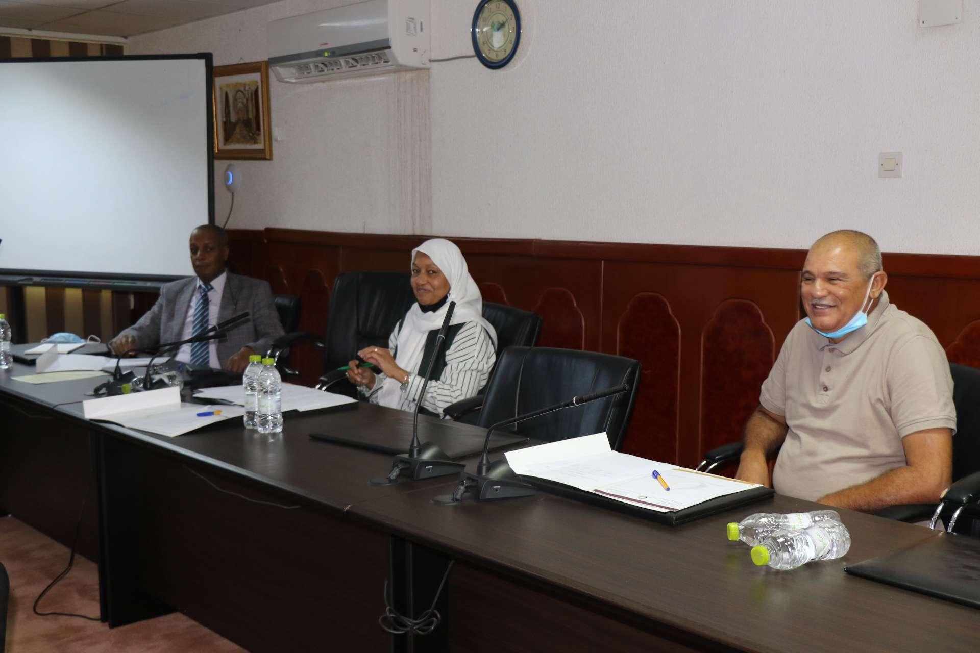دراسة مقترح استحداث مدرسة العلوم الطبية بالأكاديمية الليبية.