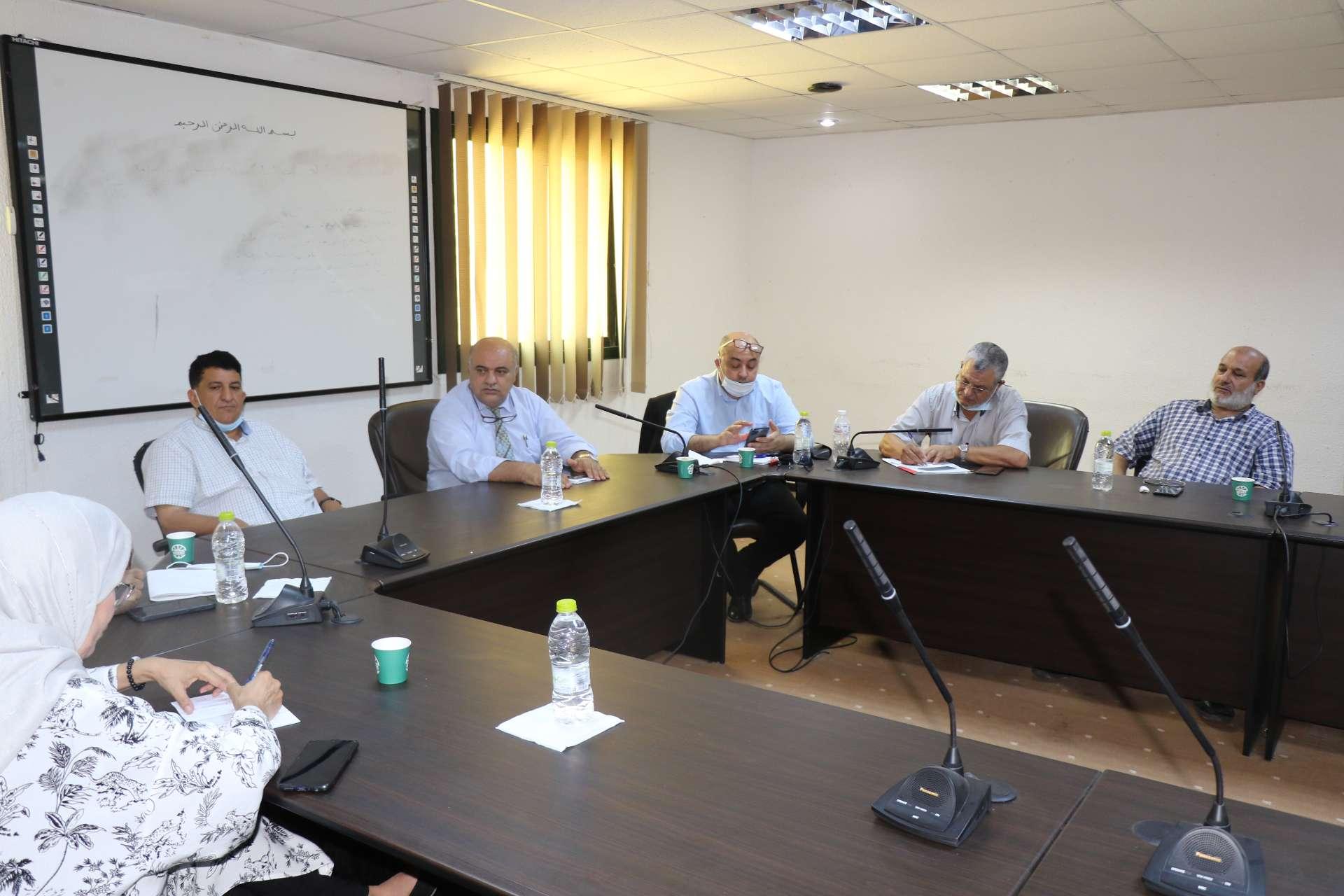الأكاديمية الليبية تستضيف اجتماع اللجنة المكلفة بدراسة وضع الإعلام في ليبيا.