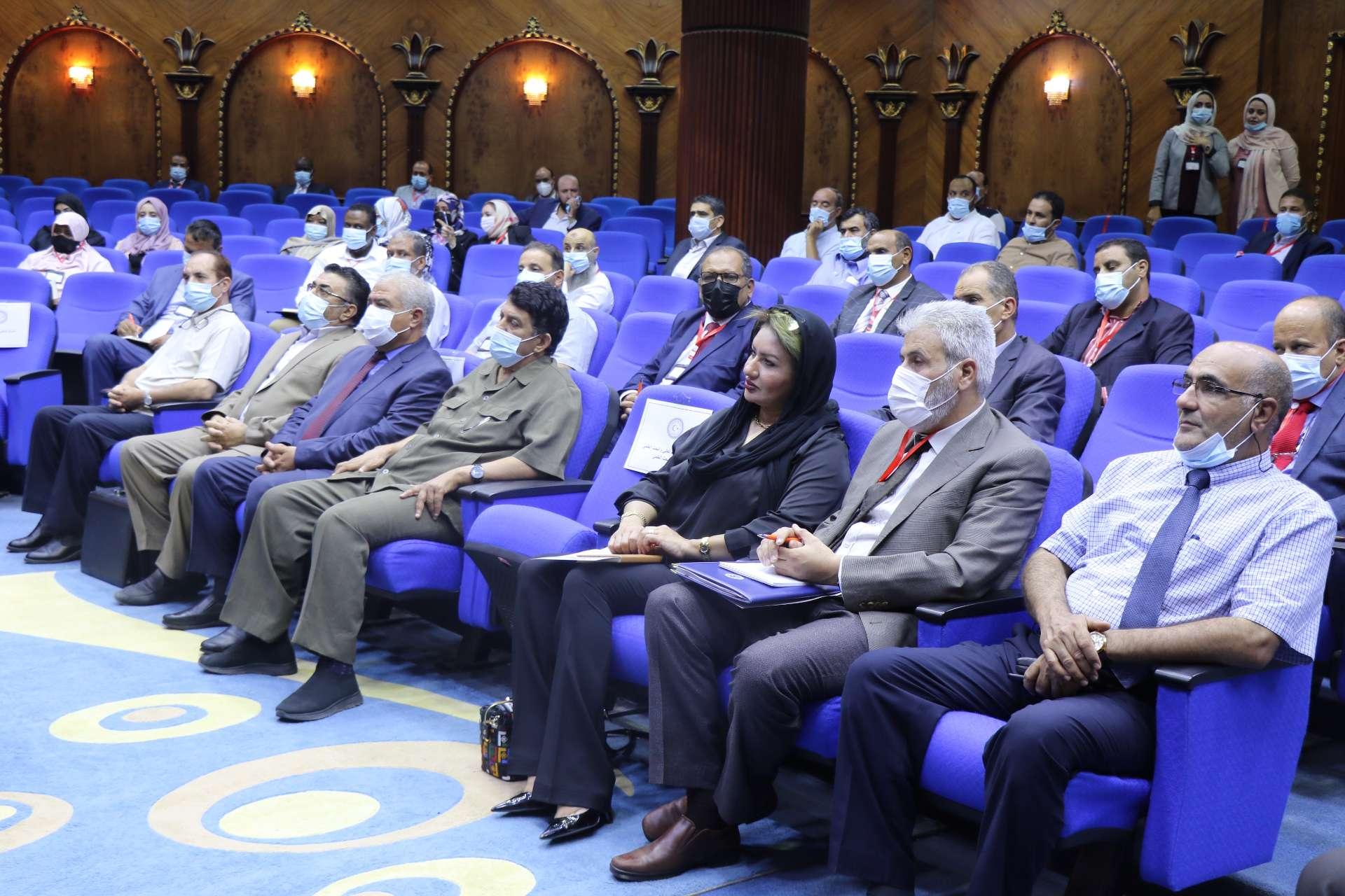 الاجتماع التقابلي الثاني لإدارة الملحقيات وشؤون الموفدين مع مدراء إدارات الدراسات العليا بمؤسسات التعليم العالي