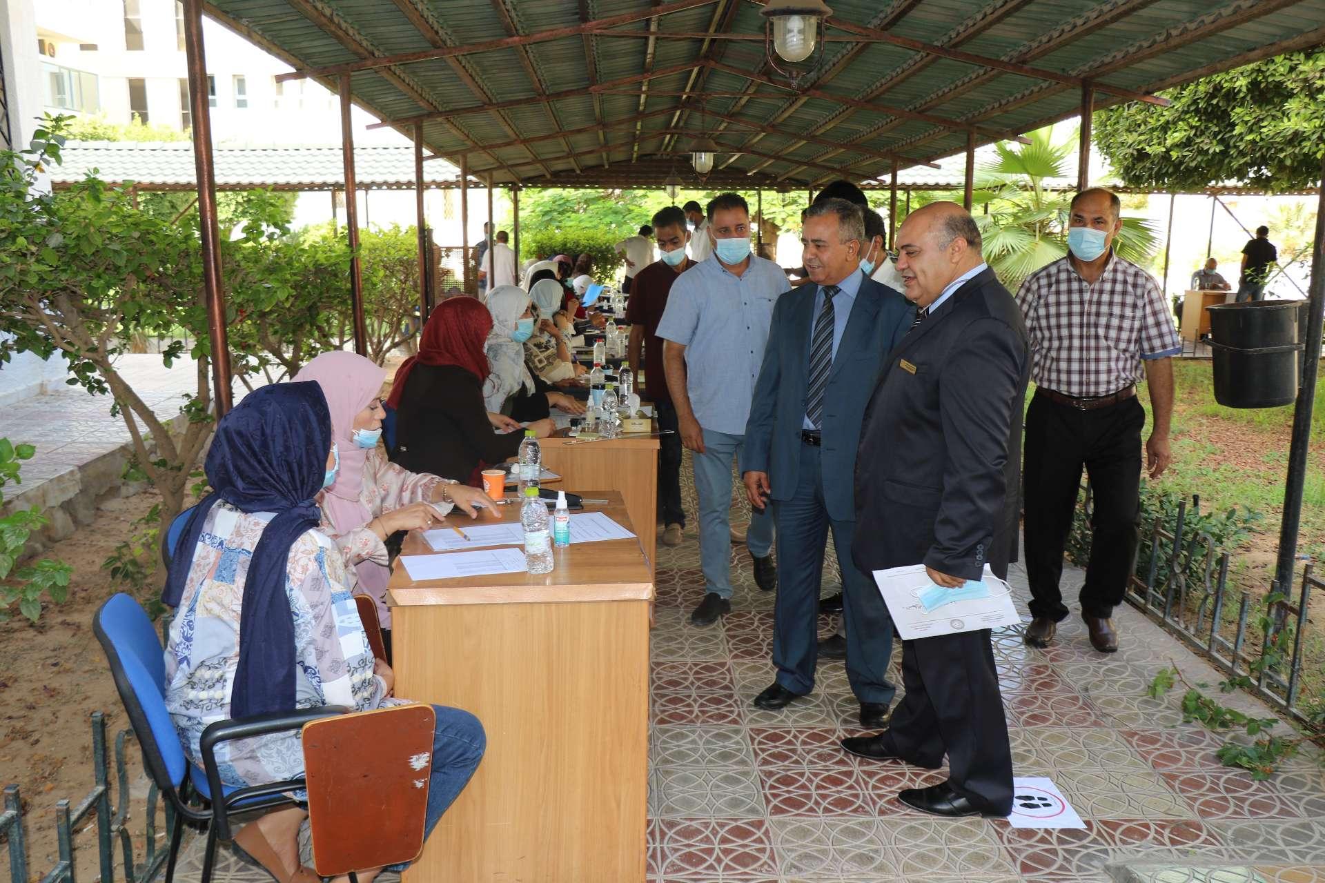 الأكاديمية الليبية تشرع في استلام ملفات المتقدمين للدراسات العليا بالاكاديمية