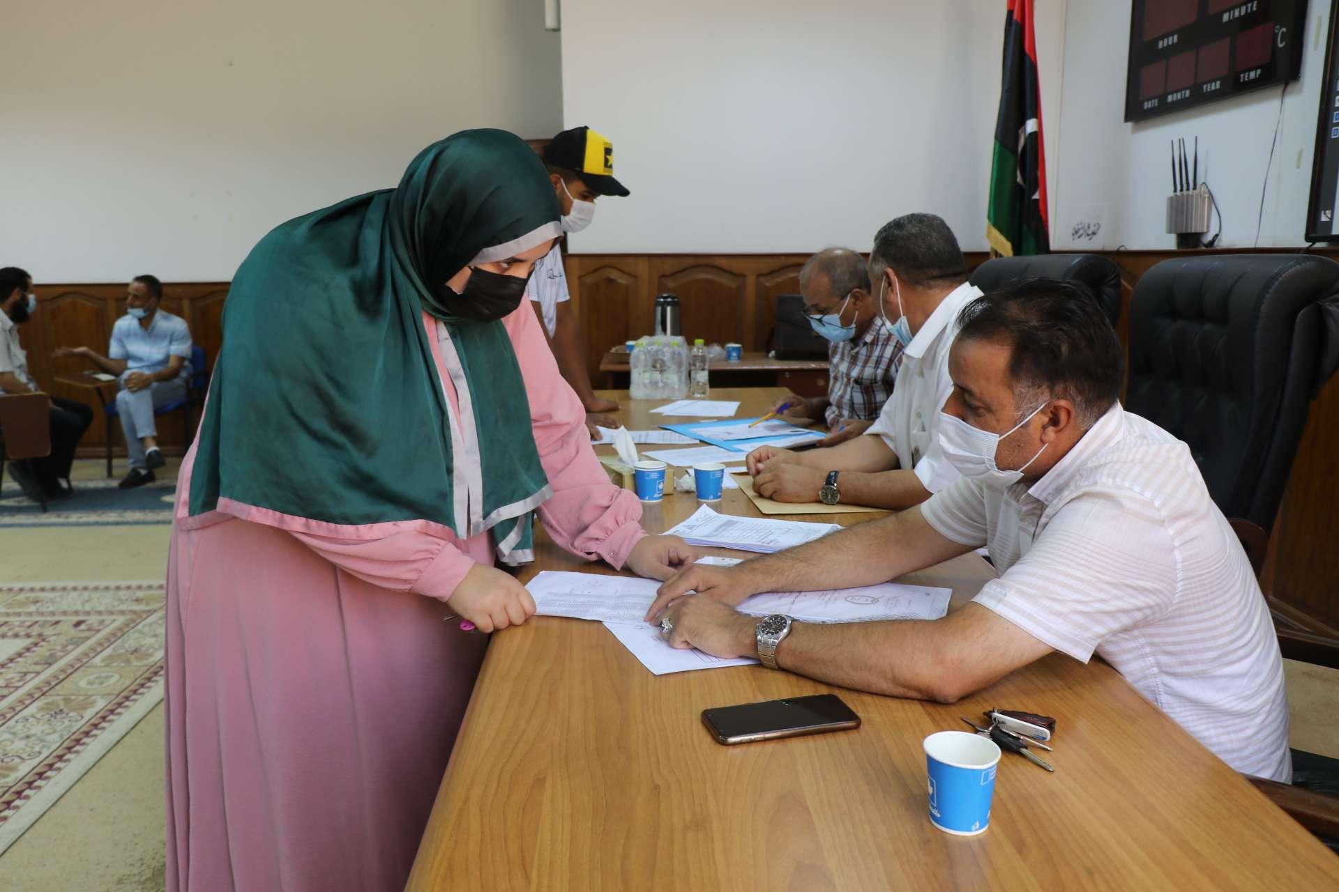 الأكاديمية الليبية للدراسات العليا تواصل استقبال ملفات الطلاب الجدد